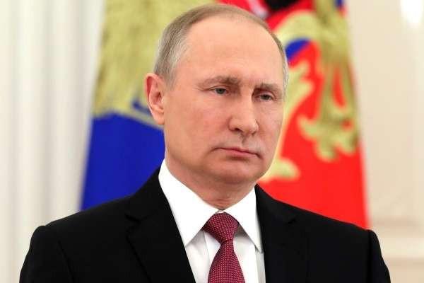 Содержать пожилых родителей должны будут дети: Путин подписал новый закон